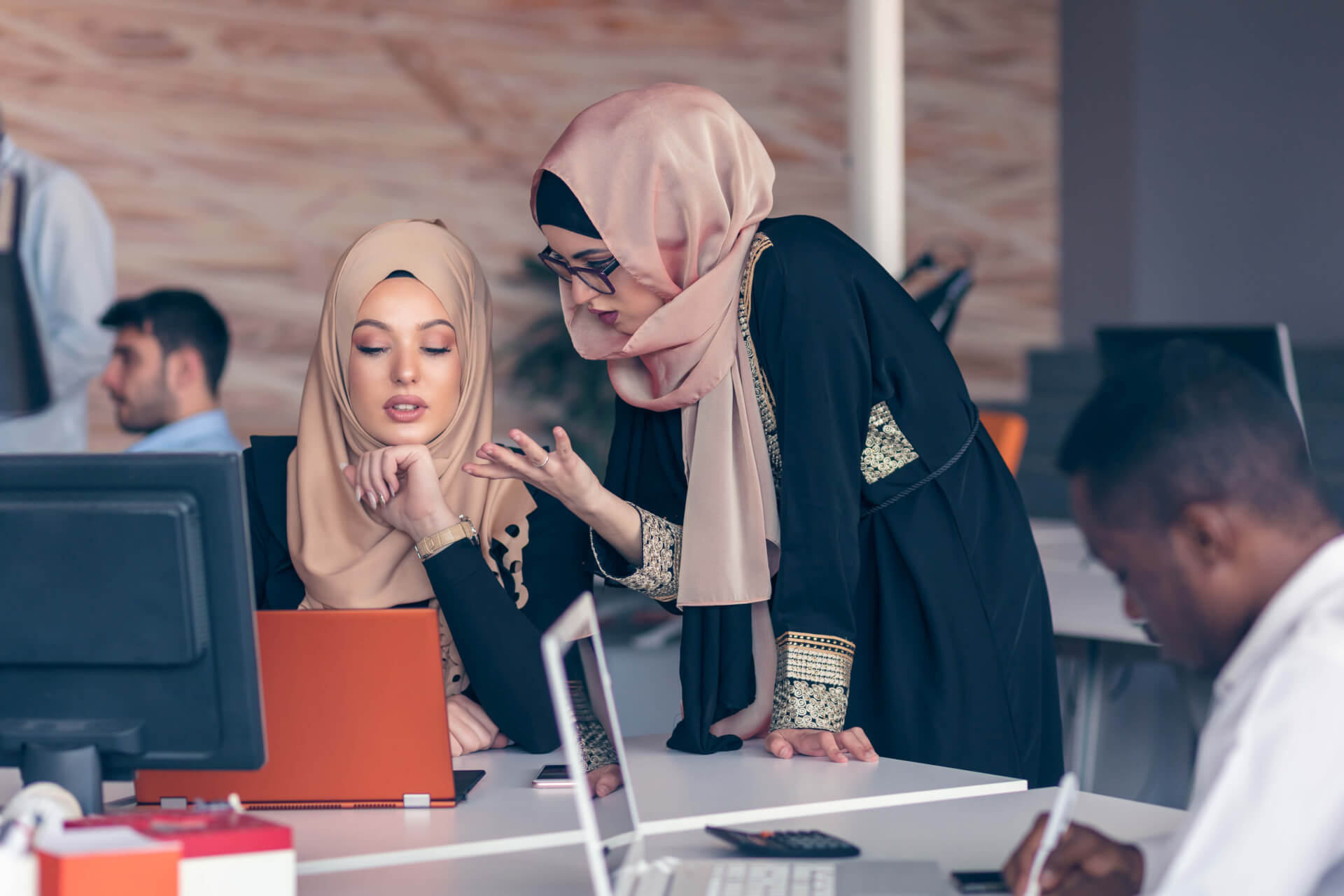 22 Successful Women Entrepreneurs from Middle East share their Best Time Management and Productivity tips